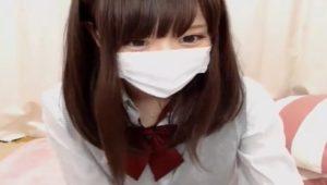 「ライブチャット」マジ可愛い美乳美少女が制服姿でエロ配信